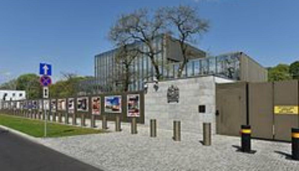 UK_Embassy_in_Warsaw_2016